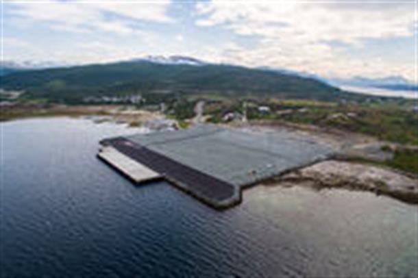 Grøtsund havn ved Tønsnes i Tromsø er valgt som havn for anløp av allierte, reaktordrevne fartøyer.  Foto: Kjetil Robertsen.