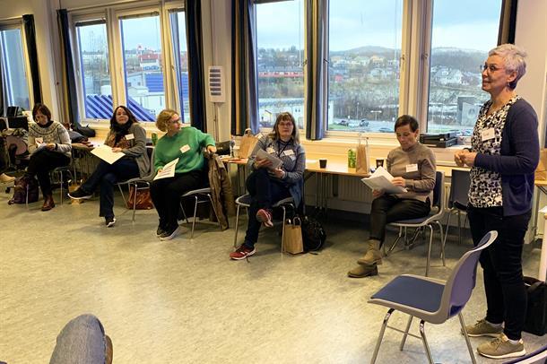 Tove Skjelbakken foreleser på Train the trainer kurset